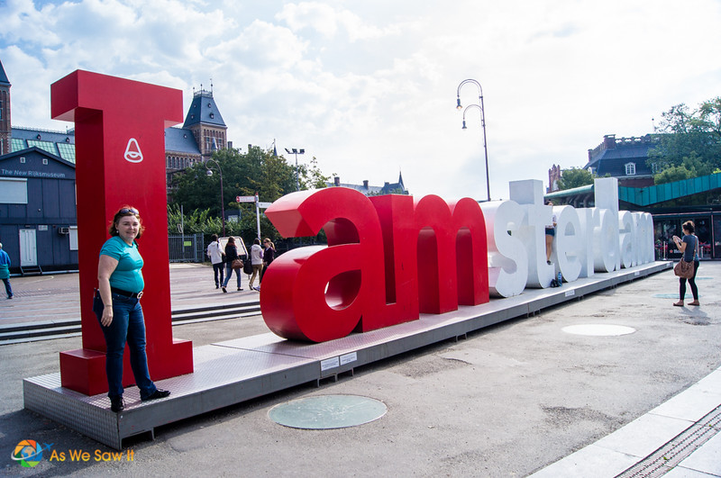 Posing at IAmsterdam sign on Museumplein