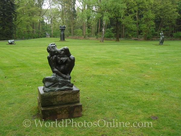 Kroller-Mullen Museum - Auguste Rodin - Femme accroupie