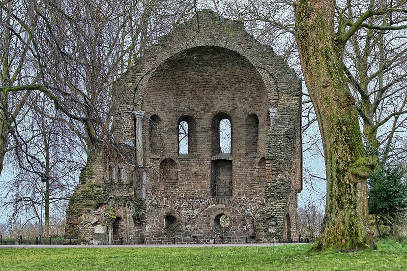Njimegem - Barbarossa Ruin