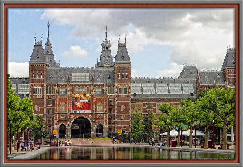The Rijksmuseum (National Museum), set in its historic building, is the largest museum in the Netherlands. The museum is the largest in the size of its collections, its building, the budget and the number of staff employed.