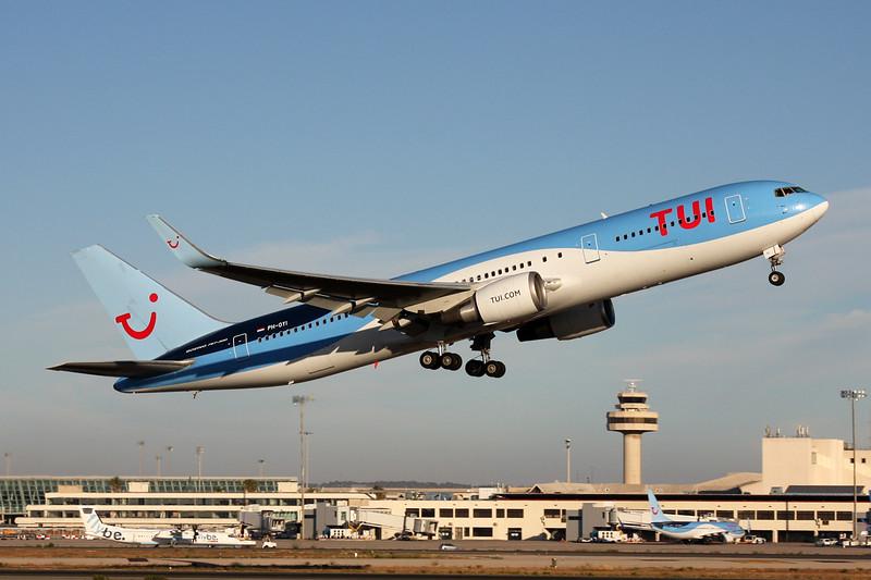 "PH-OYI Boeing 767-304ER ""TUI Airlines Netherlands"" c/n 29138 Palma/LEPA/PMI 13-06-16"