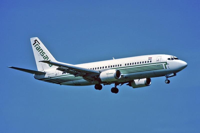 PH-HVM Boeing 737-3K2 c/n 24326 Prestwick/EGPK/PIK 28-06-95 (35mm slide)