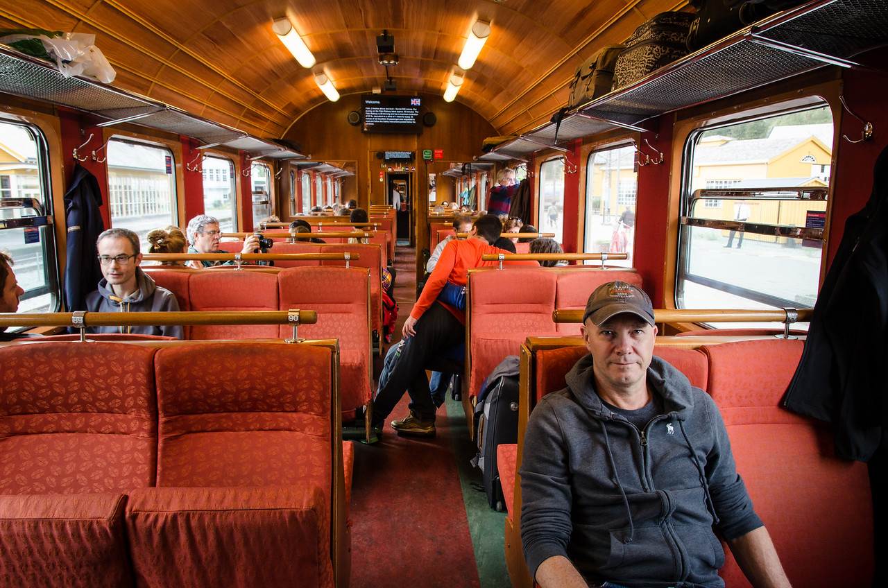 The comfy interior of the Flåmsbana.