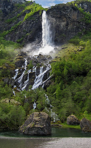 FLAM WATERFALL CASCASE