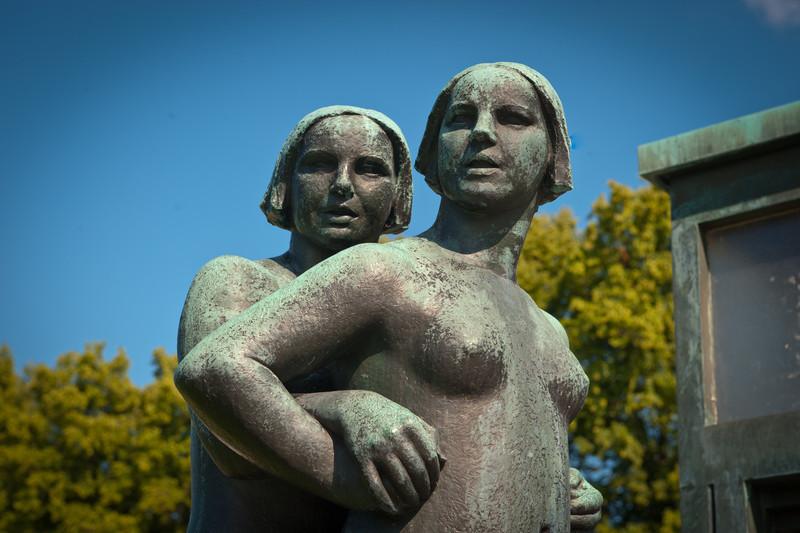 Sisters Sculpture by Gustav Vigeland - Oslo