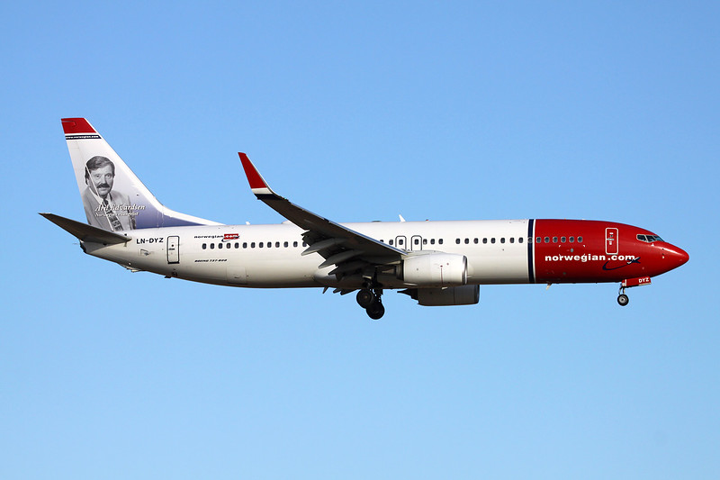 "LN-DYZ Boeing 737-8JP c/n 39013 Palma/LEPA/PMI 15-06-16 ""Aril Edvardsen"""