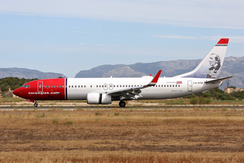 "LN-DYD Boeing 737-8JP c/n 39002 Palma/LEPA/PMI 16-06-16 ""HC Anderdon"""