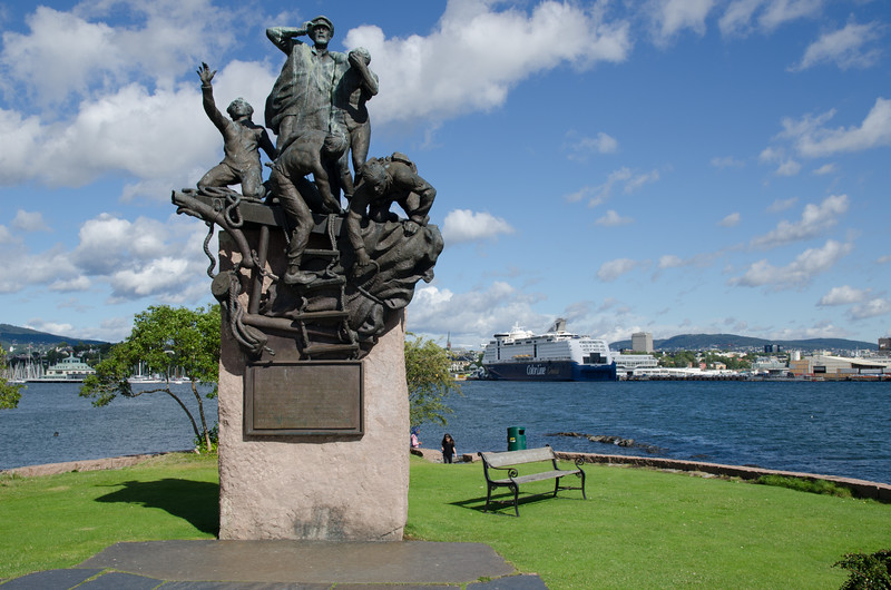 Memorial to Norway's Merchant sailers and Navy sailers lost in the liberation of Norway during WWII.