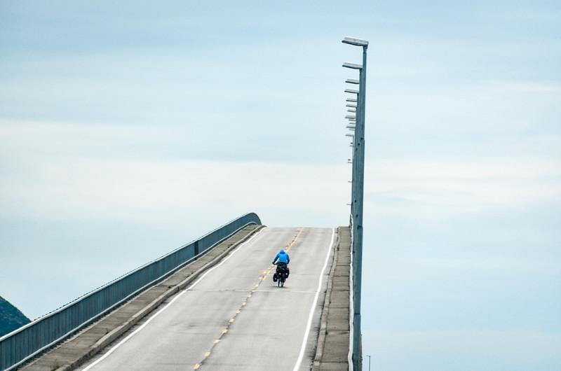 Risøyhamn bridge, Lofoten