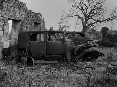 Oradour sur Glane Automobiles remain