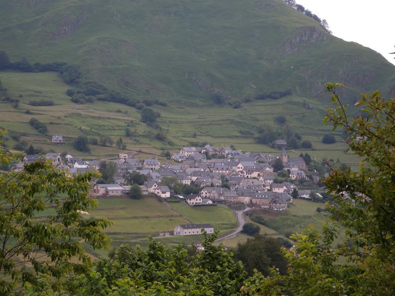 Leaving the village of Lescun.