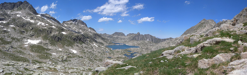 Estany Tort de Rius from Collada d'Estany de Mar