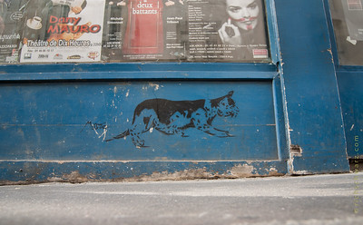 stencil graffiti, paris