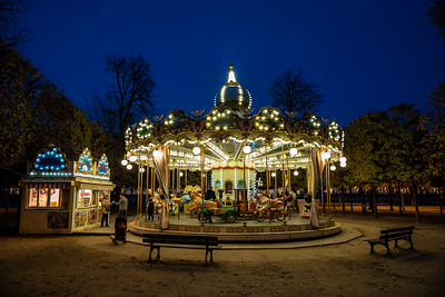 carrousel near Louvre