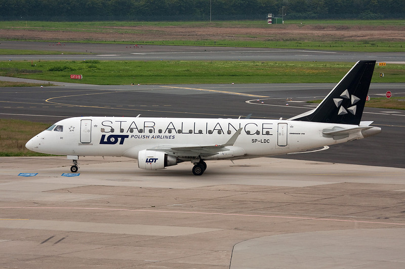 "SP-LDC Embraer Emb-170-100ST c/n 17000025 Dusseldorf/EDDL/DUS 26-08-08 ""Star Alliance"""