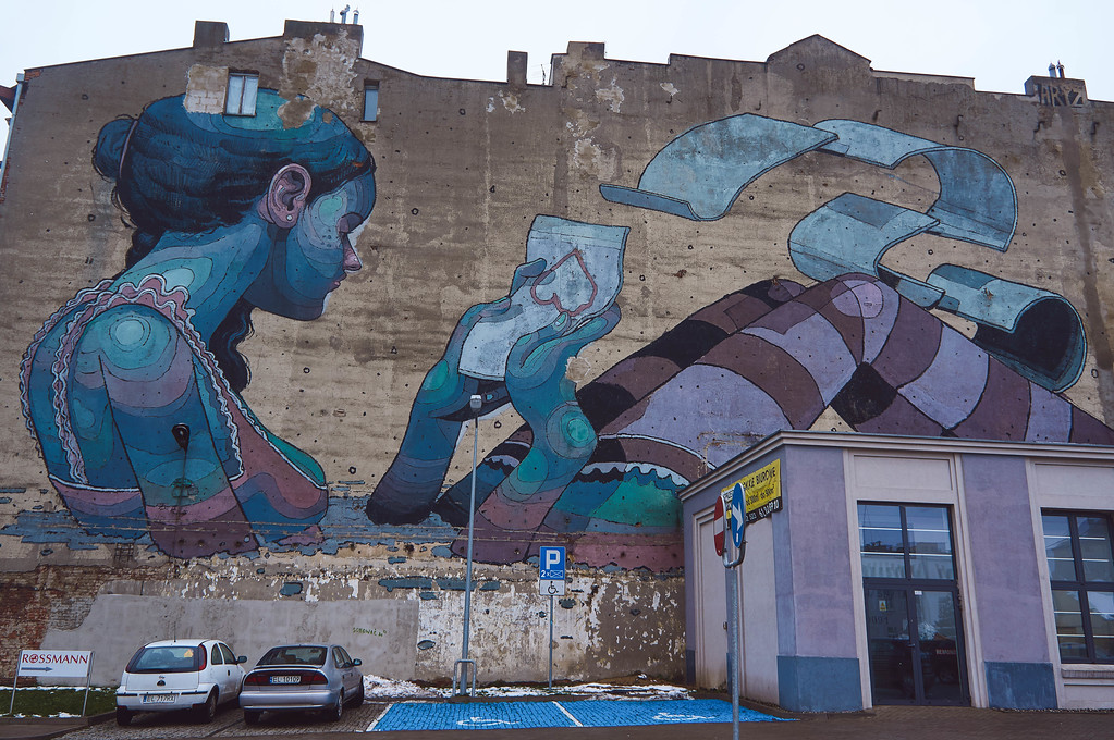 Love Letter mural by Aryz in Lodz, Poland