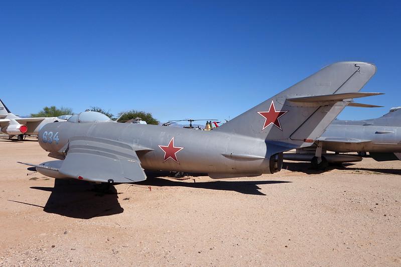 634 Mikoyan-Gurevich Lim-6MR c/n 1D-06-34 Pima/14-11-16