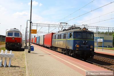 EU07-172E passes Rzepin, Poland  16/05/13