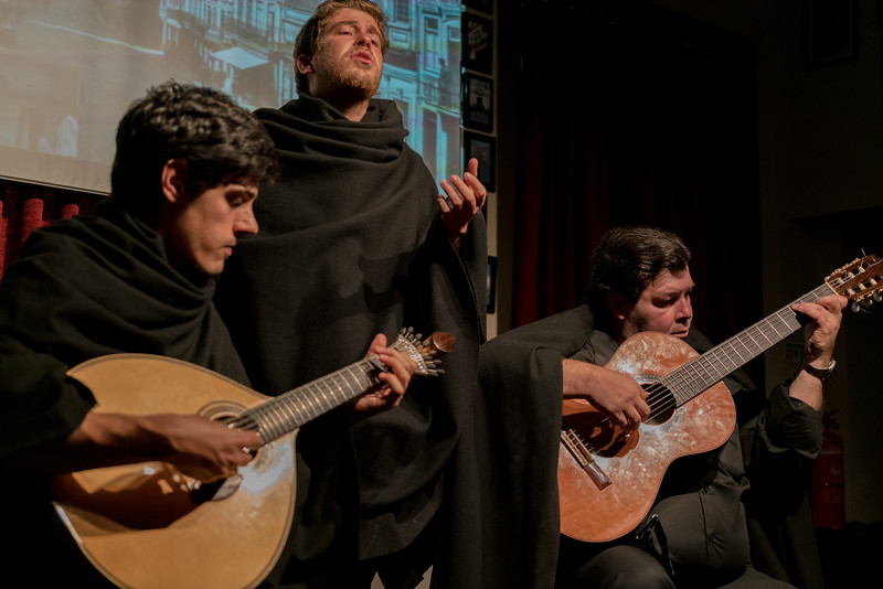 Coimbra fado has ties to the academic traditions of the University of Coimbra. The singers and other musicians will wear the tradition academic wardrobe that consists of dark robes, capes, and leggings. They will sing at night time on the streets or in the city square. While Lisbon often appealed to those in the working-class fields, Coimbra appeals to the more privileged classes.
