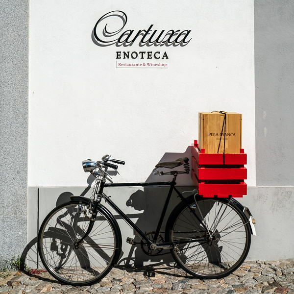 Shop with bike.