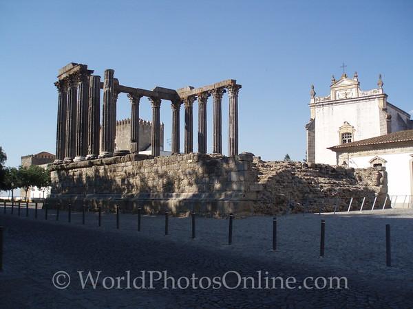 Evora - Roman Temple (100 AD) 1