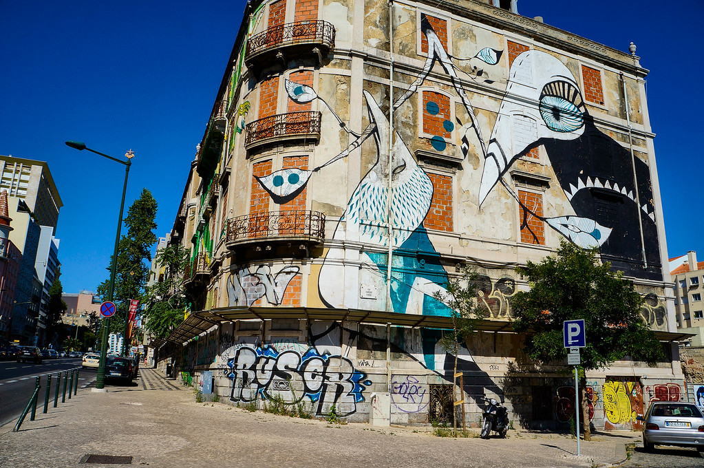 Lucy McLauchlan street art in Lisbon, Portugal
