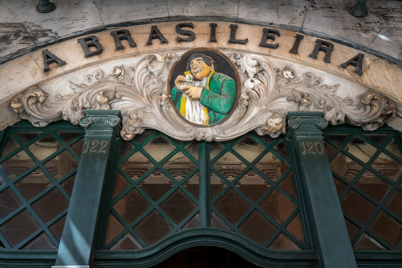 A Brasileira Cafe was a favoured haunt of academics and intellectuals in the early 20th century.