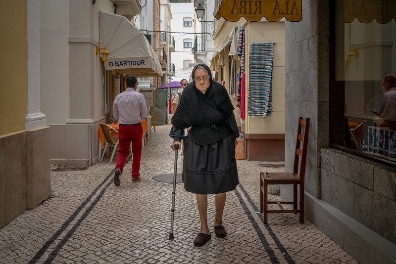Nazare is a very traditional town. Many widows still wear black every day for the rest of their lives.
