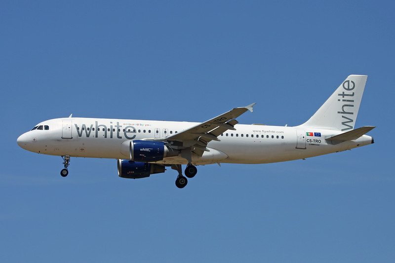"CS-TRO Airbus A320-214 ""White"" c/n 0548 Palma/LEPA/PMI 15-06-16"