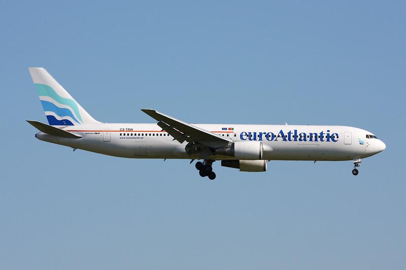 """CS-TRW Boeing 767-35DER """"EuroAtlantic Airways"""" c/n 24865 Brussels/EBBR/BRU 06-06-15"""