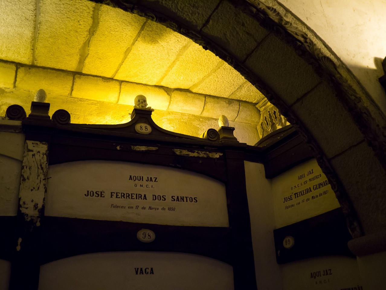 Catacombs, Sao Francisco Church (Igreja de S Francisco)