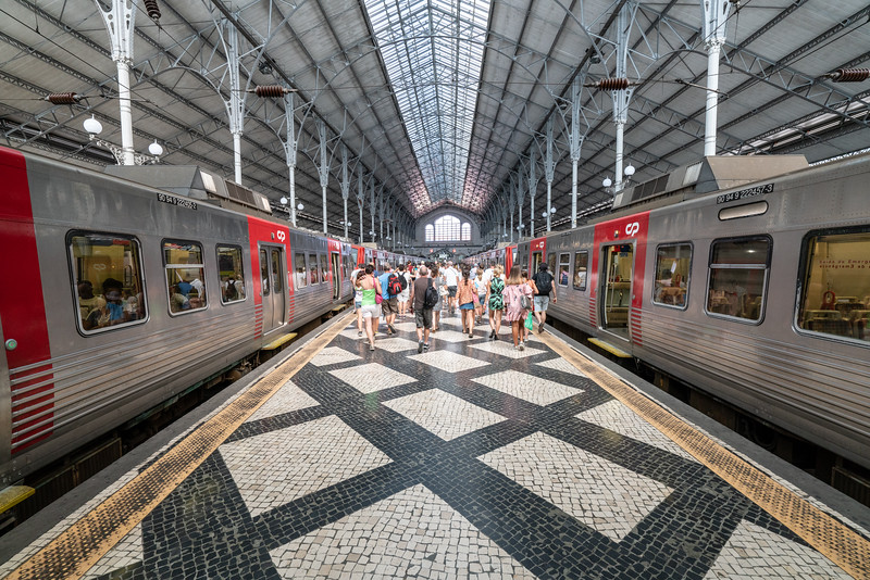 Arrival back in Lisbon at Rossia station.
