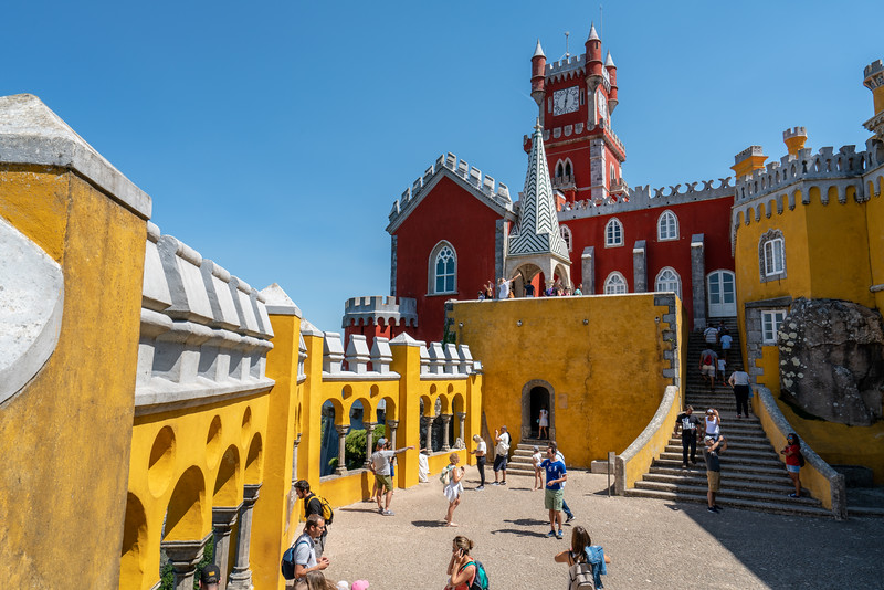 Strolling Pena Palace grounds.