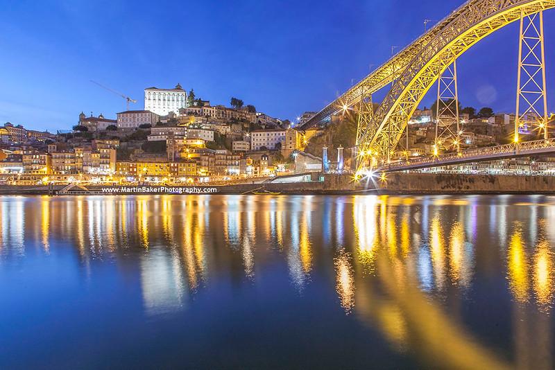 Dom Luís I Bridge, Porto, Portugal.