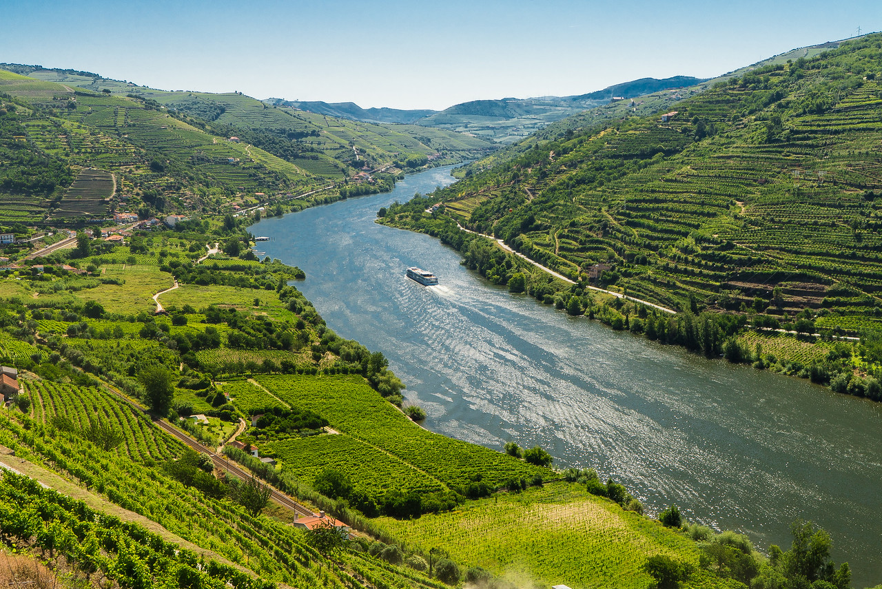 Douro Valley River Wide