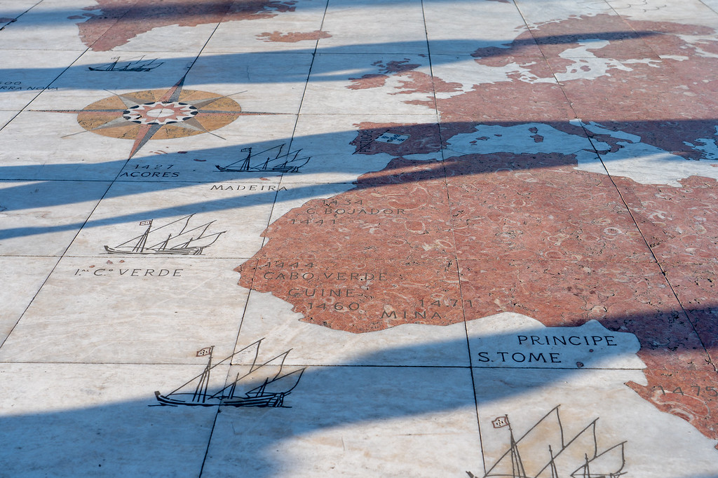 Tiled map below Monument to the Discoveries