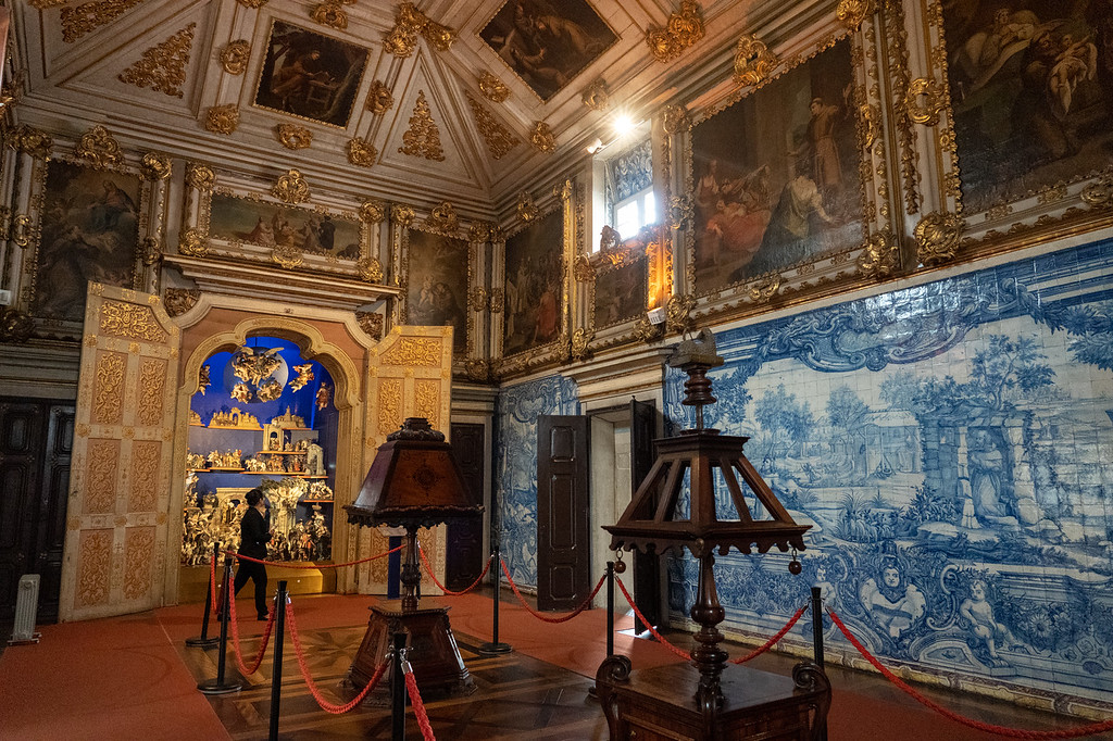 Inside the National Azulejo Museum