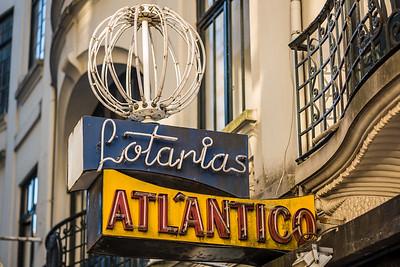 Lotarias Atlantico sign Porto