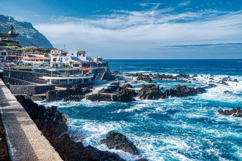 The Tide Pools in Porto Moniz (©simon@myeclecticimages.com)