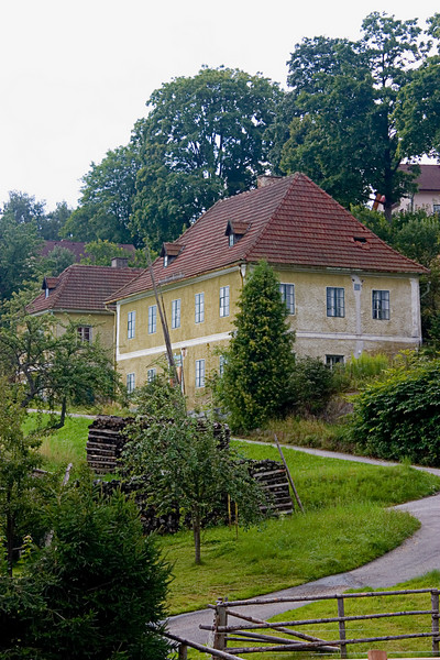 <center>Country Homes   <br><br>Gross Pertholz, Austria   <br><br>The homes in this area were well maintained and seemed stereotypical of Austria.    </center>