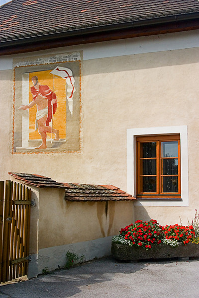 <center>Knight Templar   <br><br>Joching, Austria   <br><br>Here's another painting of a Templar, denoting the crusader history of the area.    </center>