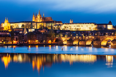 View of Charles Bridge (Karluv most) and Prague Castle (Pražský hrad) in twilight