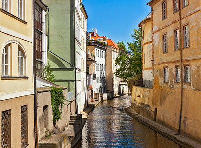 Mala Strana canal and houses in Prague