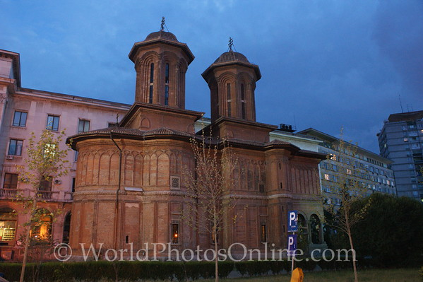 Bucharest - Kretzulescu Church at night