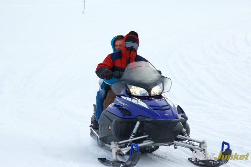 """Результат пошуку зображень за запитом """"на снігоході по озері"""""""