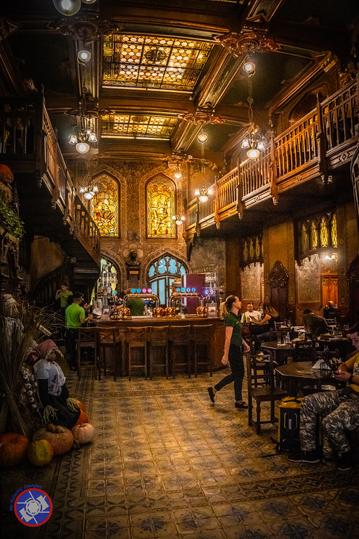 Caru Cu Bere, a Historical Restaurant in Bucharest, Romania (©simon@myeclecticimages.com)