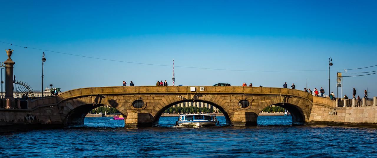 Bridge at entrance to Fontanka River  1 of 342 bridges
