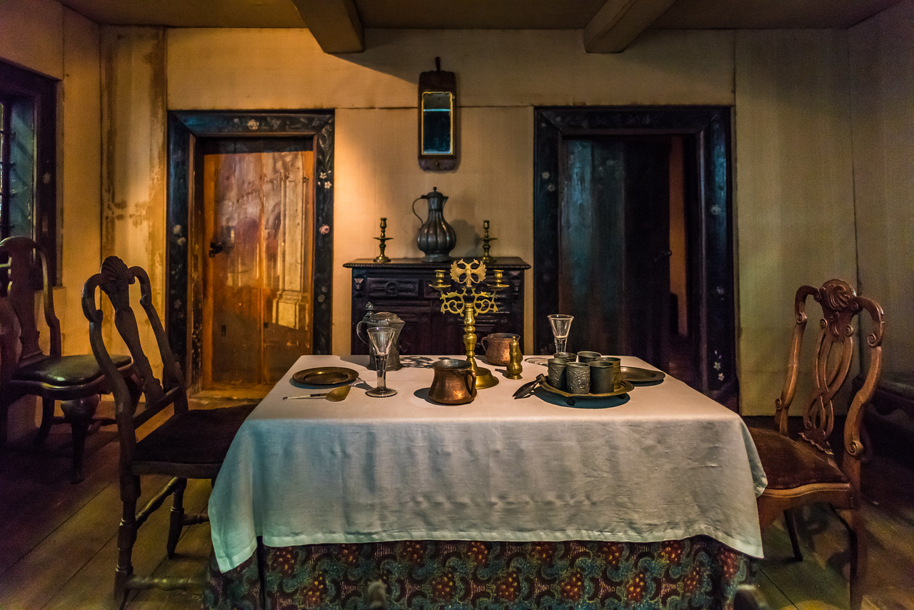 Dining room, Peter  the Great  Cabin - circa 1740s