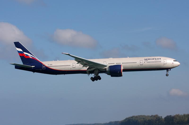 VP-BGB Boeing 777-3M0ER c/n 41679 Phuket/VTSP/HKT 26-11-16