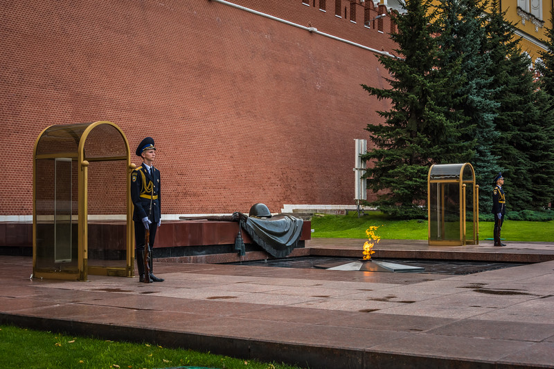Tomb of the Unk own Soldier - Moscow